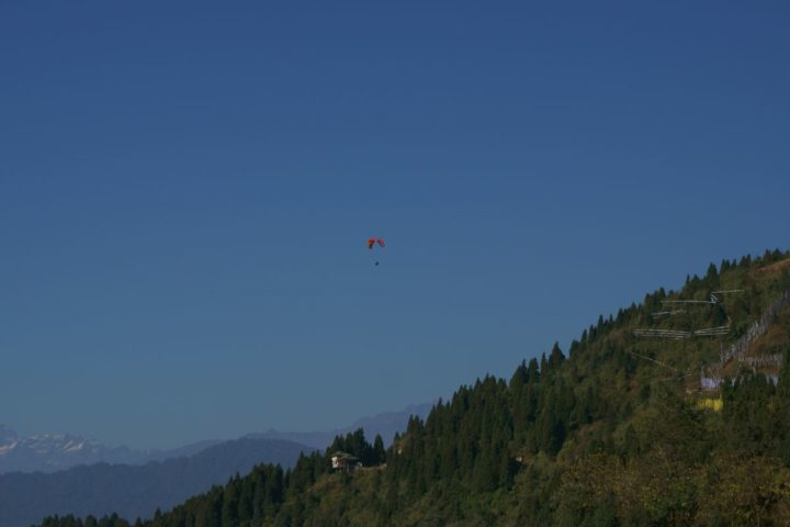 Escape the Ordinary go paragliding while in Gangtok