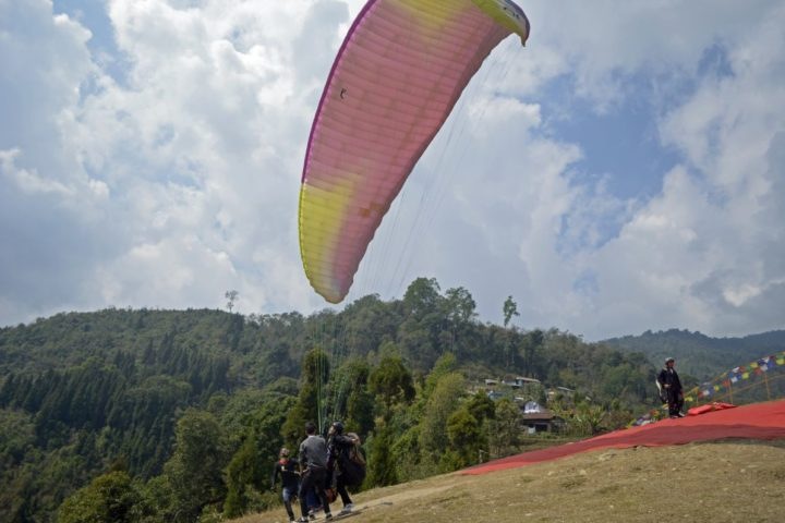 Taste of paragliding flight in Gangtok